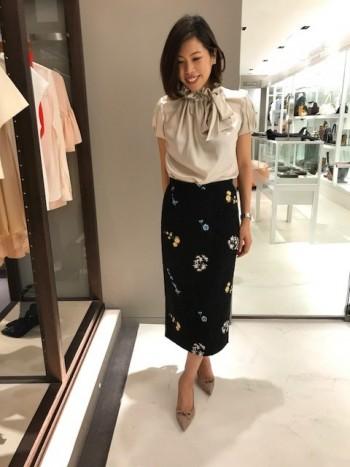 N°21レース×フラワー刺繍スカート