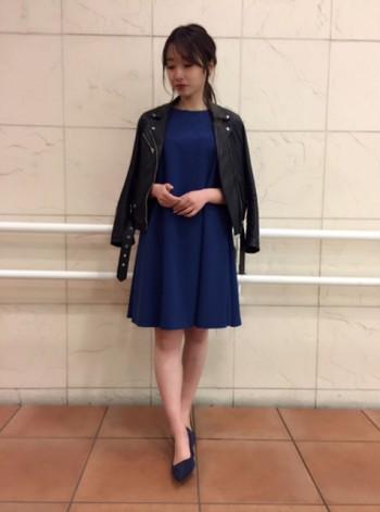 今季オススメカラー♡ブルーの鮮やかワンピース