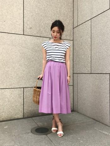 続々新作ラッシュ♡鮮やかカラースカートで女子度UP