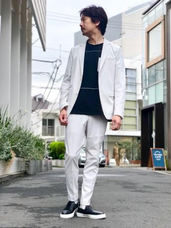 セットアップでもきれいめ単品パンツでもお使い頂ける涼しいパンツ。https://abahouse.jp/mens/coordinate/258241