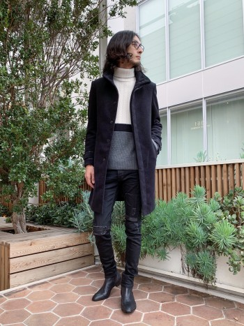 モードなスタイルにピッタリの5351定番ブーツ。ゴートレザーは柔らかく足への馴染みも良いので履いていて楽ですね。