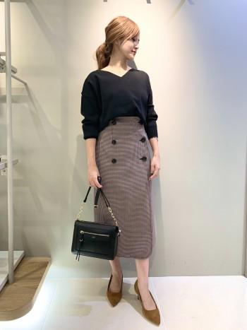 巻きスカート型で、前回のデザインよりも柔らかい生地感になってます! 普段34サイズで、ピッタリのちょうどいいサイズ感でした。