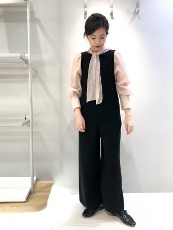 お袖のデザインと透け感が可愛いです!フリーサイズでジャストです。袖幅、身幅は少しゆとりがあります。