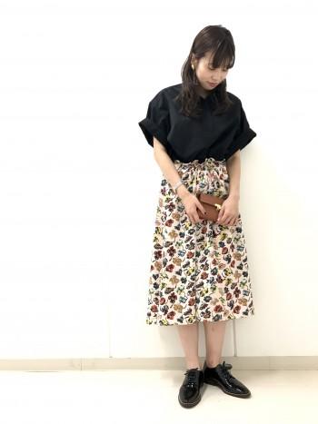 ~フラワー柄スカート~