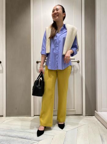 スッキリしたシルエットなのに、伸縮性がとっても着やすいです!