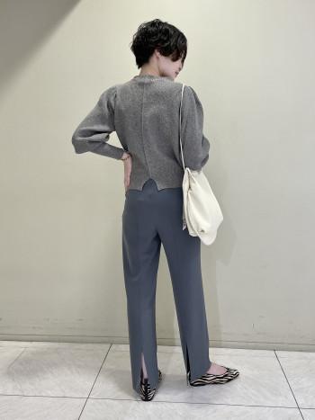 【池袋西武店】ホールド感のある履き口で歩きやすいです。アクセントとなるゼブラ柄なのでワンコーデにおすすめです◎