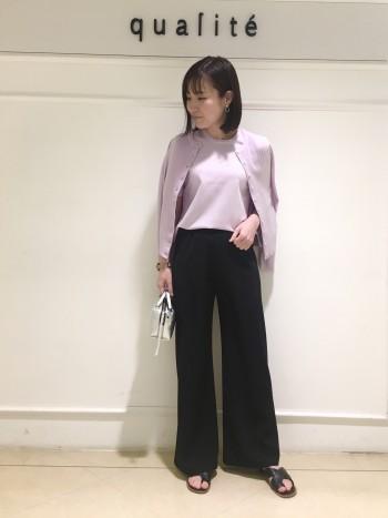 一枚で着ても羽織のインナー使いにもちょうど良い着丈とサイズ感で安心感があります!着心地が滑らかで気持ちよいです!
