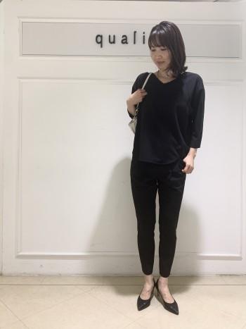 【京都髙島屋】定番の大人気パンツ!足首にかけてもスッキリ感がとてもお気に入りです!