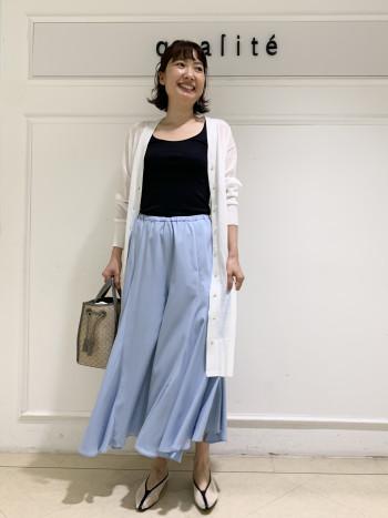 【京都髙島屋】38を履いてます。ウェストゴムなので、丈感は変えれます。肌に張り付かず、涼しく穿けます☆