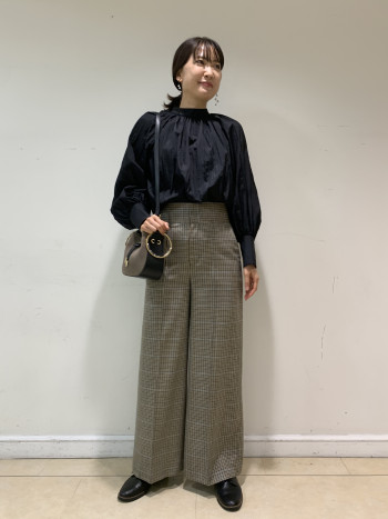 【京都髙島屋】169cmで38を穿きました。丈もウェストも丁度良かったです。
