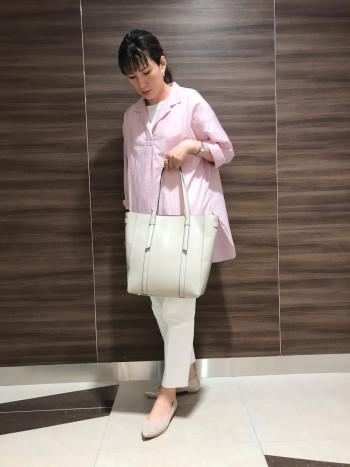 【AU東京大丸店】普段サイズ24.5~25cm 25cm長さ幅ともにゆとりなくちょうど履けました。