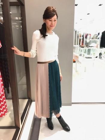 新作★サテン×レースプリーツスカート