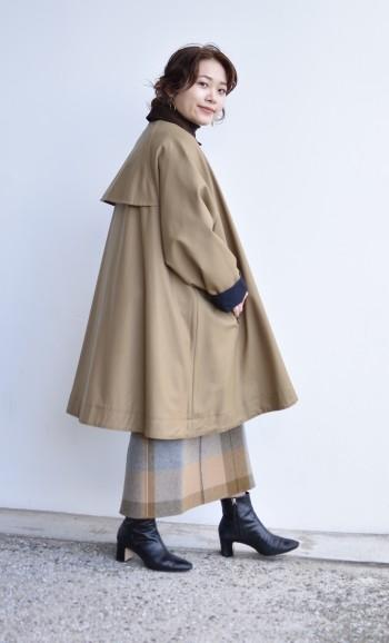 ハーフ丈のコートからチラッと見せて着る感じも◎丈も長めで暖かくお召し頂けます!
