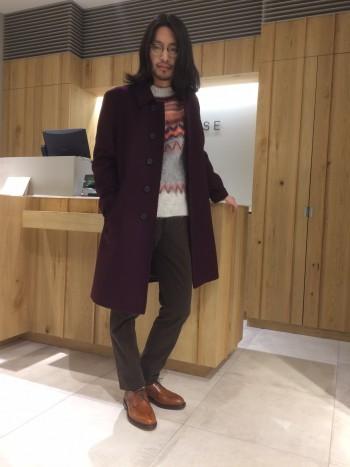 普段46のサイズを着ていますが、こちらはやや肩がオーバーサイズなのでジャストで着るのであれば普段よりワンサイズ小さくする丁度良くなると思います。