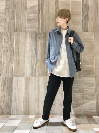 165cm、46着用。ウエストも比較的細めなので細身の方でも形が綺麗なままお履きいただけます。