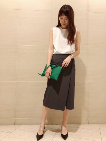 阪急梅田★タイトスカートパンツ