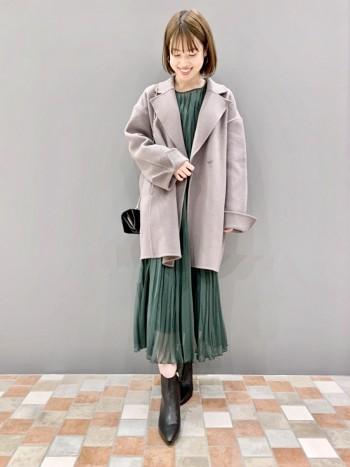 身長158cm。サイズ36。 ハーフ丈が、ジャケットの延長感覚で着られるのでとても合わせやすい丈感です。