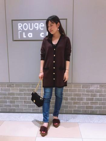 上質でしっかりとした質感が着やすい一着です!ロングカーデでコーディネートの幅が広がるのが嬉しい♪