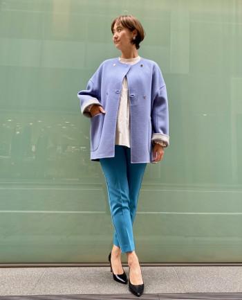 袖丈は折り返し出来る分自分の体にあった着こなしが出来ます。 プリーツスカートやデニムパンツと合わせられるコーデの幅が広い1枚。