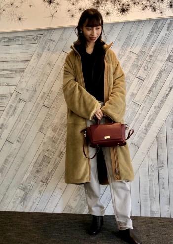 着心地は非常に軽く、暖かいフリース素材(Shaggy Double Fleece)を使用していて、肌触りもよく快適に着用できます♪