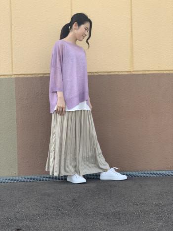 サイズはフリーサイズで伸縮性があります!全3色ございます!着用カラーホワイト