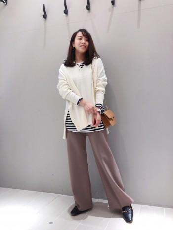 ずっと履いていただける定番のローファーです。ヤギの革を使用しているため、とても柔らかく履きやすいです。