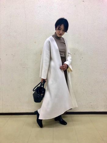 セミフレアのシルエットが綺麗なスカート◎普段は36を履いていますが、ヒップが細めのため38を履いております。